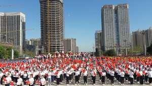 超燃!鹰潭4万名师生同唱祖国颂歌
