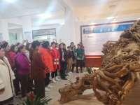 新疆克州巴仁村妇女代表团一行来余江考察交流