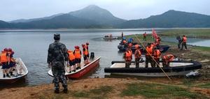 永丰县在白水门水库开展抗洪抢险应急演练