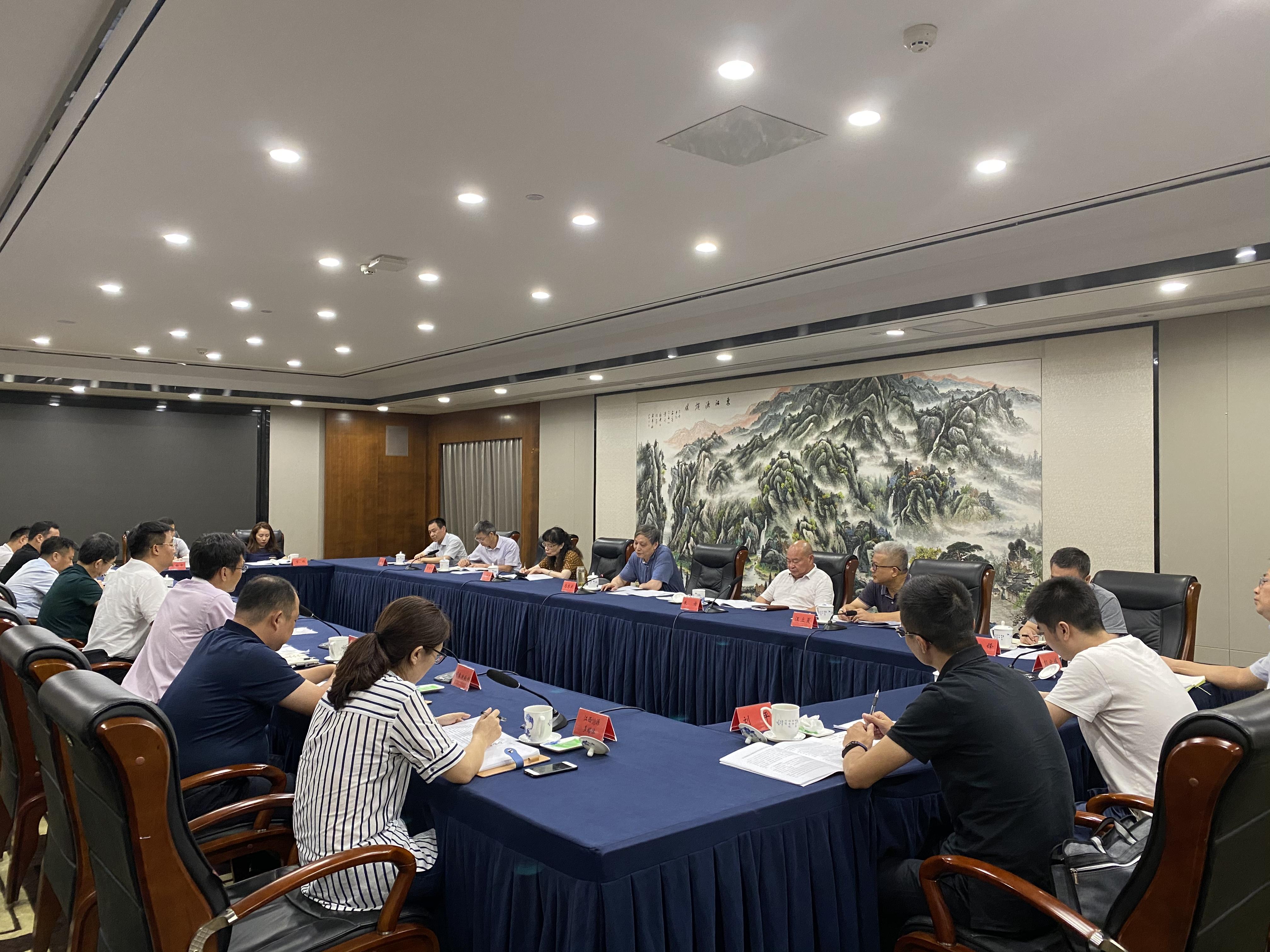 省人大常委会副主任马志武一行在我区调研