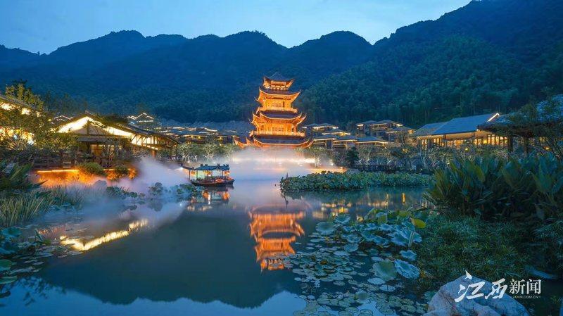 """去铅山过几天""""神仙""""日子——葛仙村爆红的文化启示"""