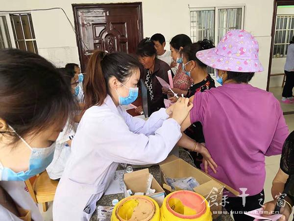 我县今天正式启动大规模人群新冠疫苗接种工作